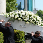 Reasons to Hire Professionals for Funeral Arrangements